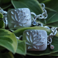 armkette lotus mit satelit.jpg