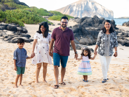 Family photography at Makapu'u Beach Park, Oahu, Hawaii