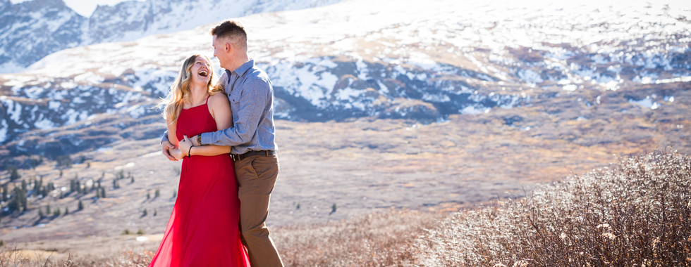 engagement-photography-colorado-snow-mountain