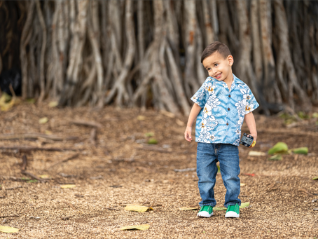 Family Photos at Ala Moana Beach Park, Oahu, Hawaii