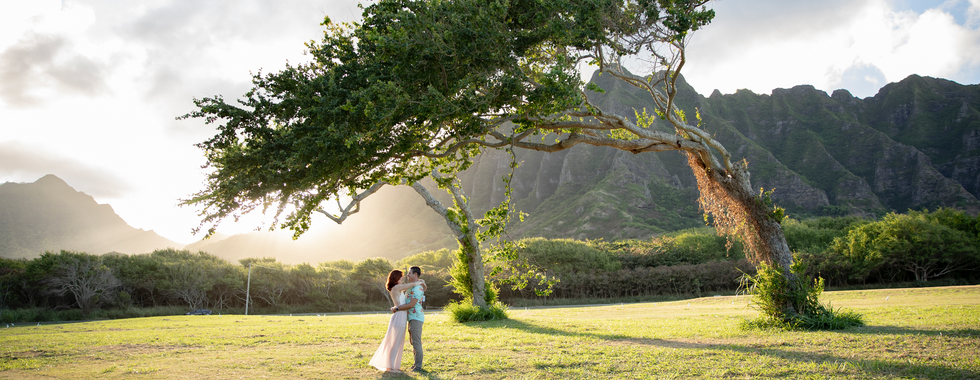 Couple-photography-oahu-island-hawaii