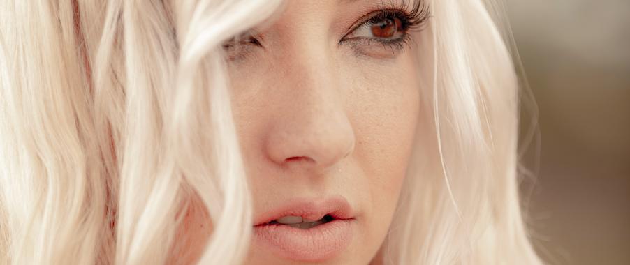 Beauty-boudoir-portrait-woman-photo-colorado-4