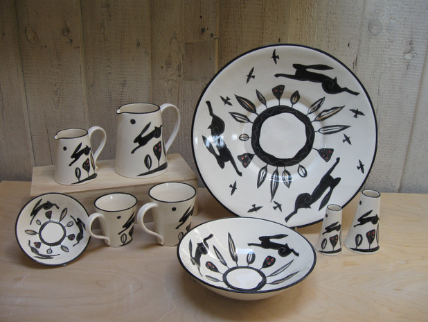 Black Hare. Large Dish. Medium bowl & Small Bowl. Medium & Small Jug. Large & Small Mug. Medium & Small Vase.
