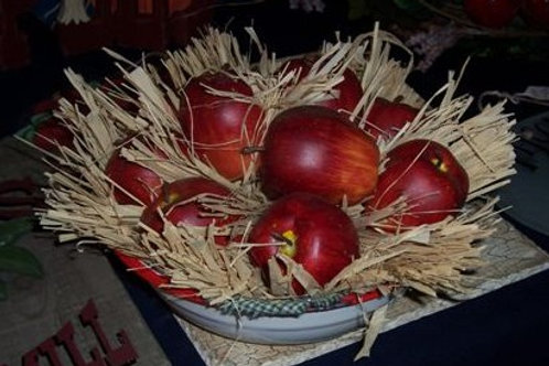 Apple Country Crafts