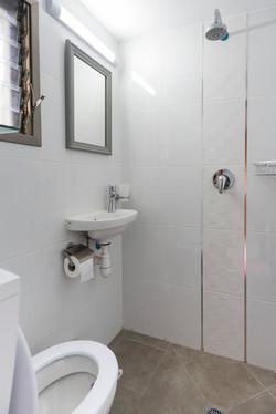 bathroom - 3 beds room