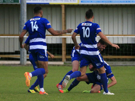 MATCH REPORT: DUNSTABLE TOWN 1-0 BANBURY UNITED