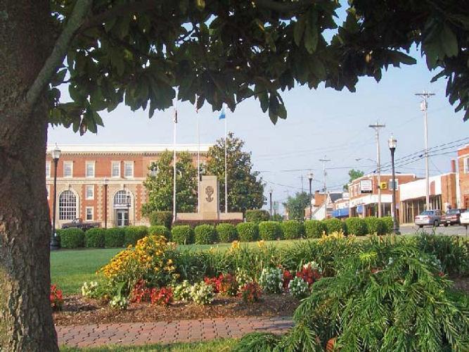 town sq  (2).jpg