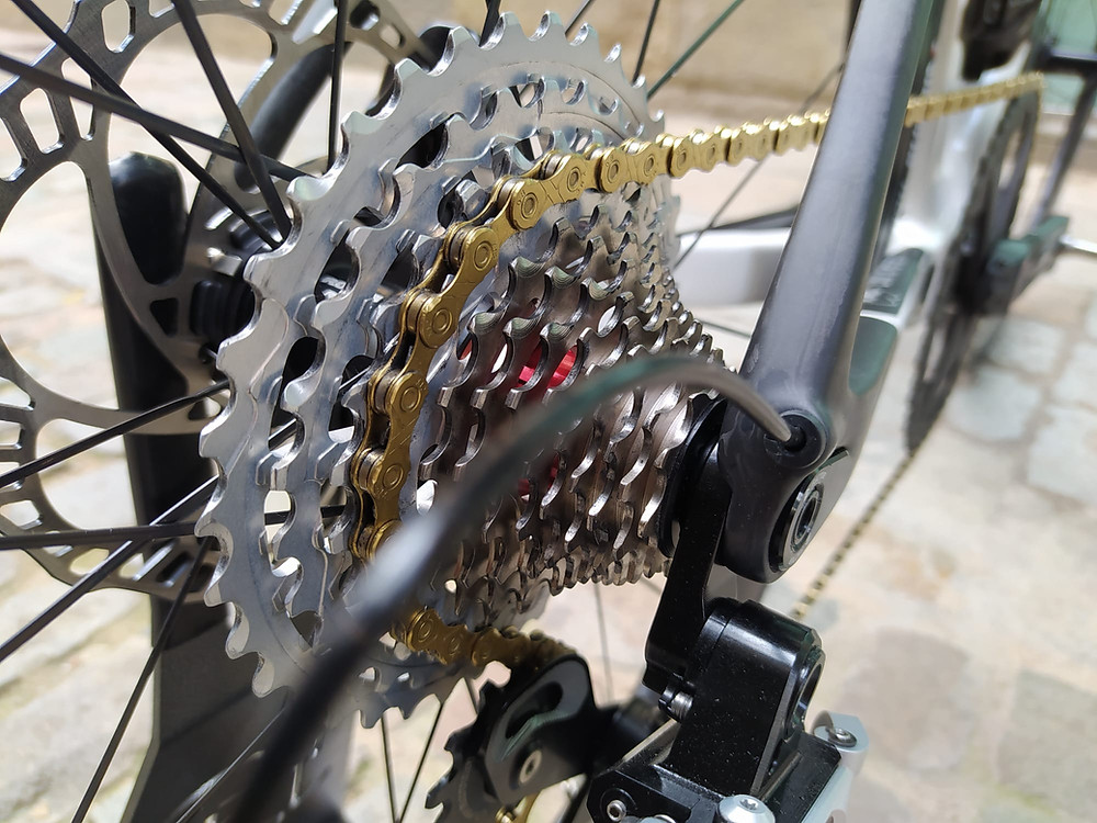 Rotor 13 speed cassettes, KMC 12 speed chain