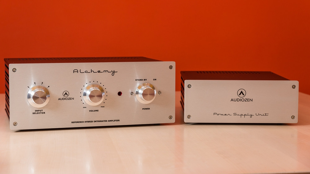 Audiozen Alchemy Reference Hybrid Integrated Amplifier with Power Supply Unit