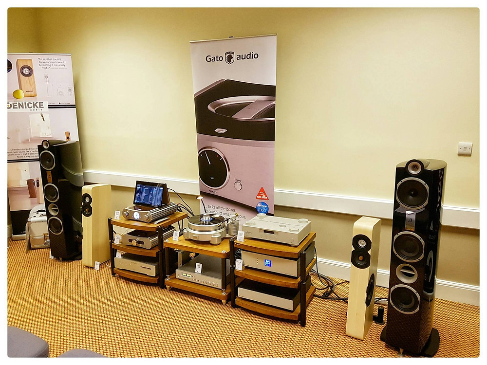 Elite Audio hi-fi component set up at the Hi-Fi Show Live 2016