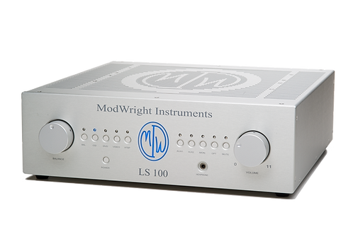 ModWright LS 100 tube single-ended preamp