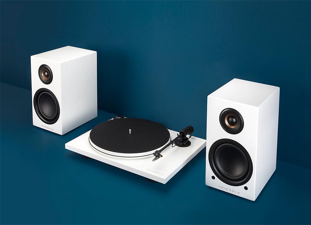 Triangle Elara LN01A Loudspeaker & Pro-Ject Turntable Bundle