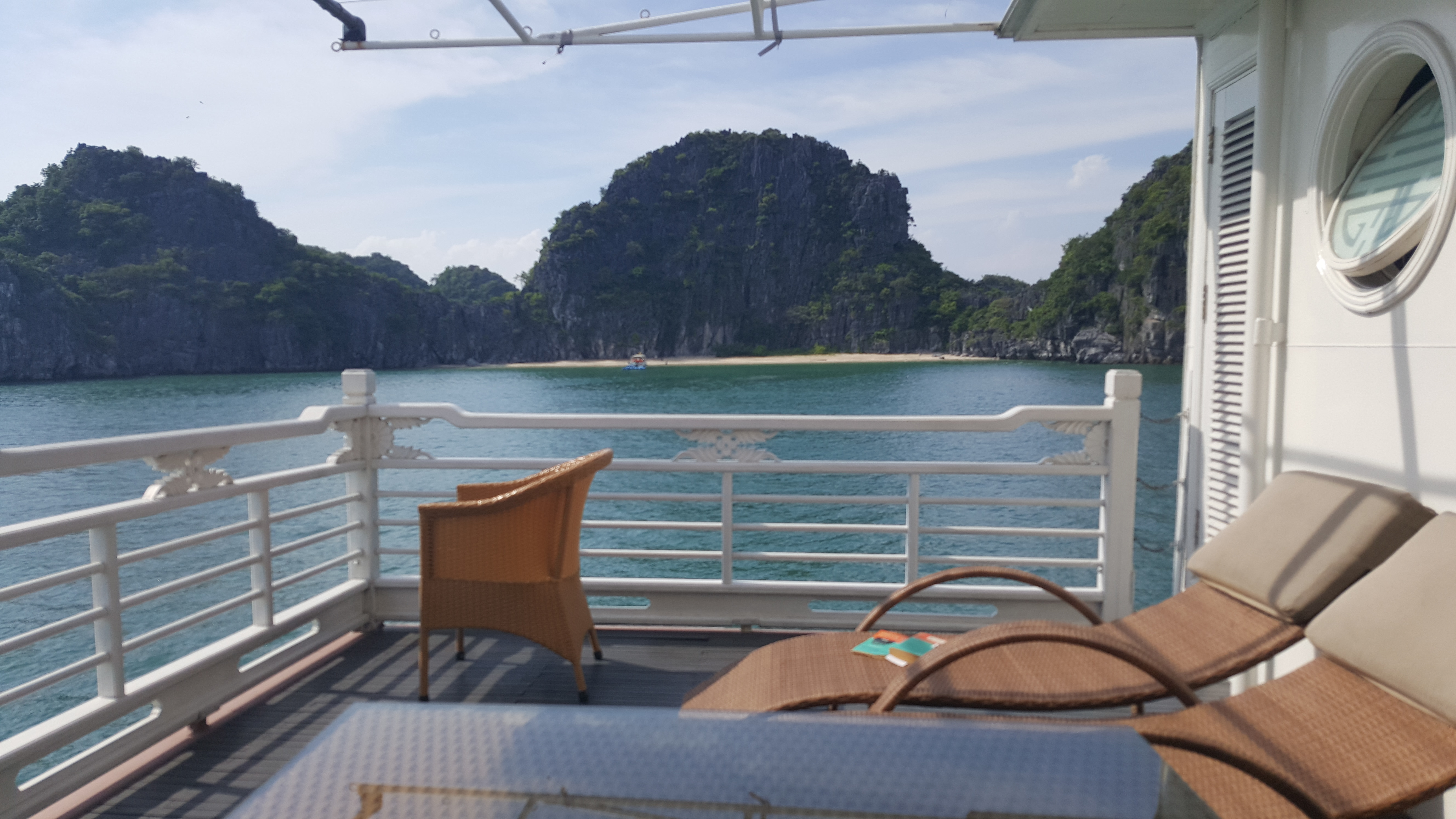 SUITE HALONG BAY