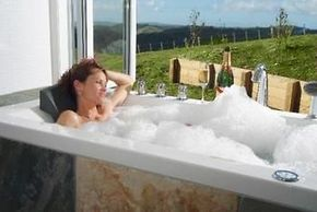 kourawhero spa bath 1
