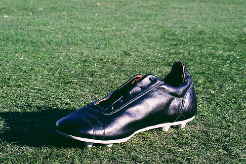 Legacy1: Black w/Brown Liner and White Sole Plate