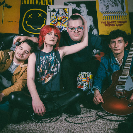 """Velvet Skyline Announce Upcoming Single """"Circles"""" and LP """"What We Have In Common"""""""