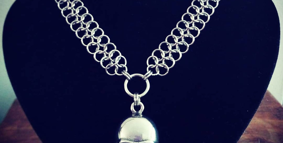 'Macabre Skull'  Chainmaille Necklace
