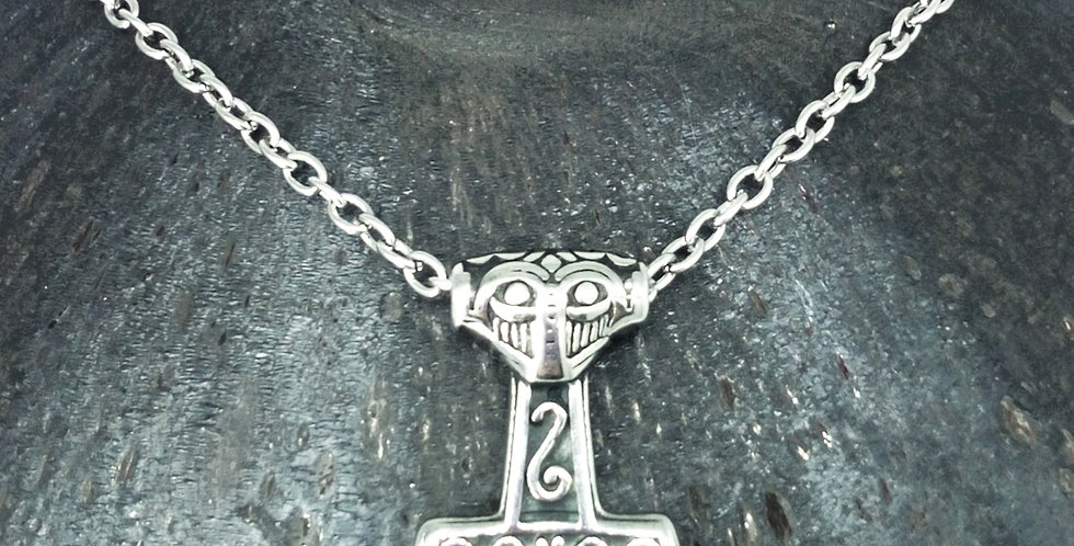 'Petite Mjolnir' Thors Hammer Necklace