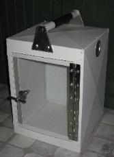 Clear door aluminum transport box