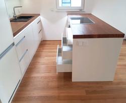 IWO kitchen with drawers_edited.jpg