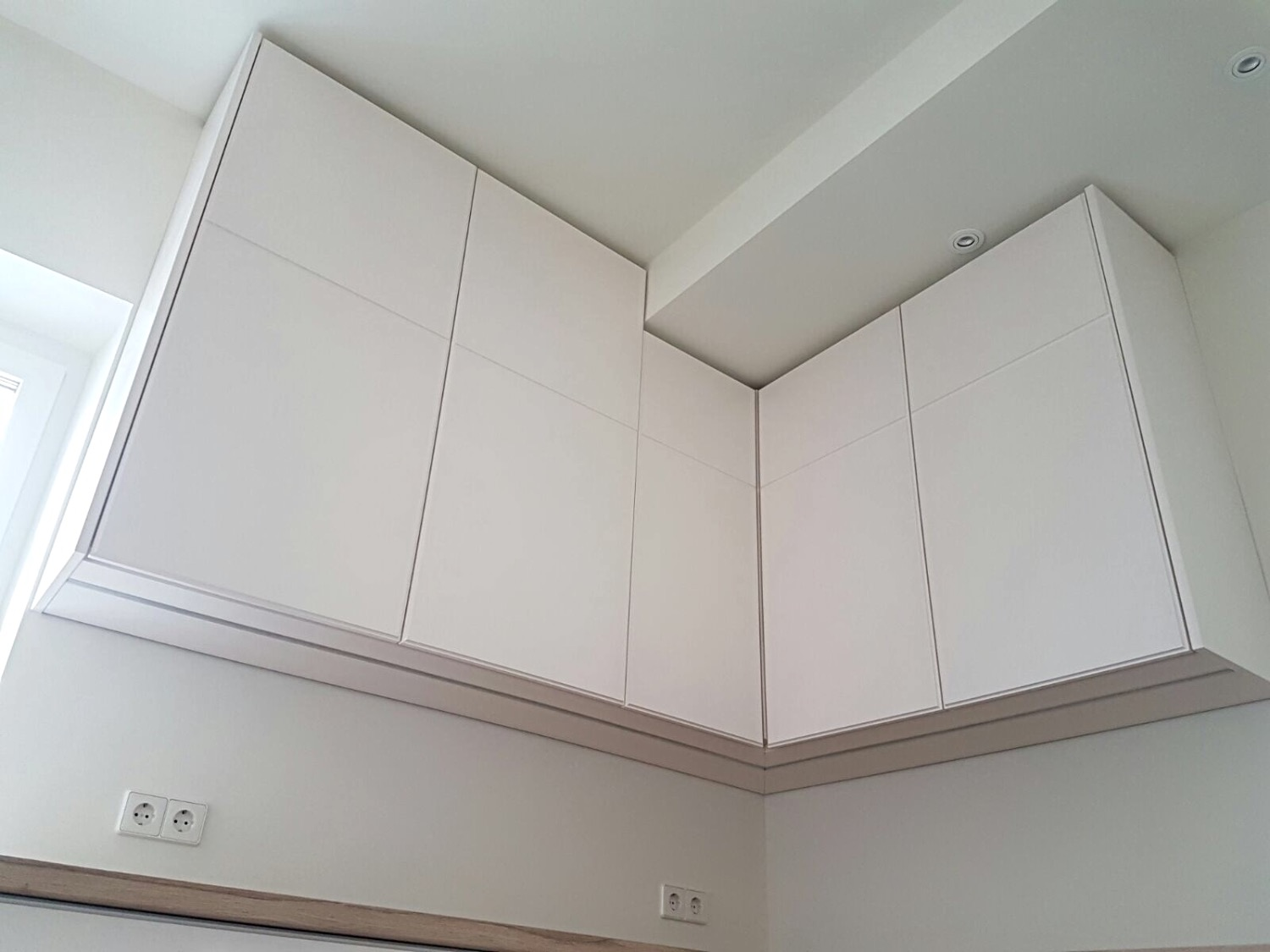 IWO kitchen hanging cabinets_edited.jpg