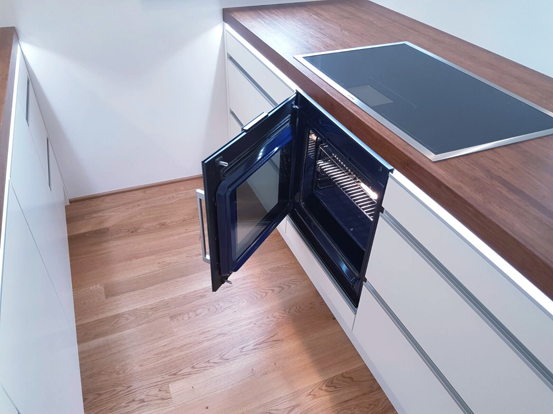 IWO oven_stove_edited.jpg
