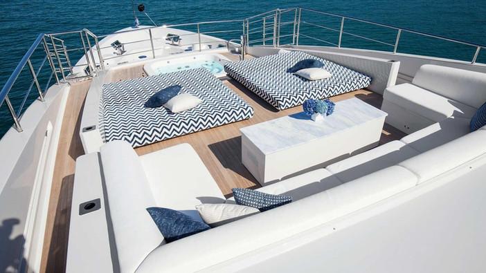 benetti-h-for-charter-exterior10jpg