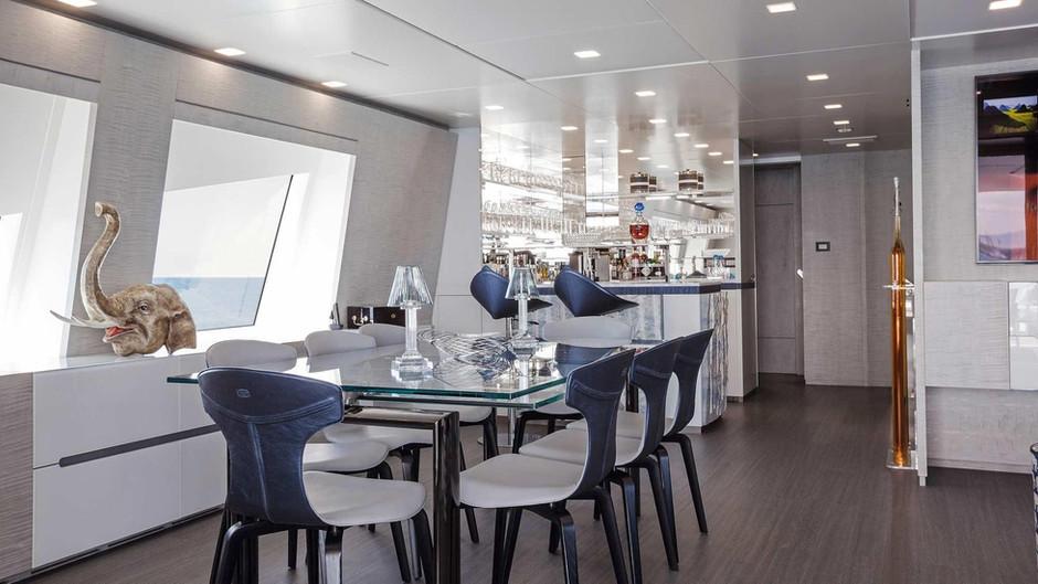 benetti-h-for-charter-interior05jpg