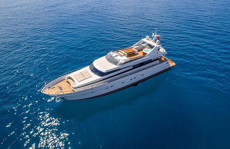 Luxury Yacht for Charter Costa Smeralda   WYB