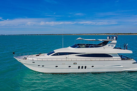 Canados Yacht for Charter