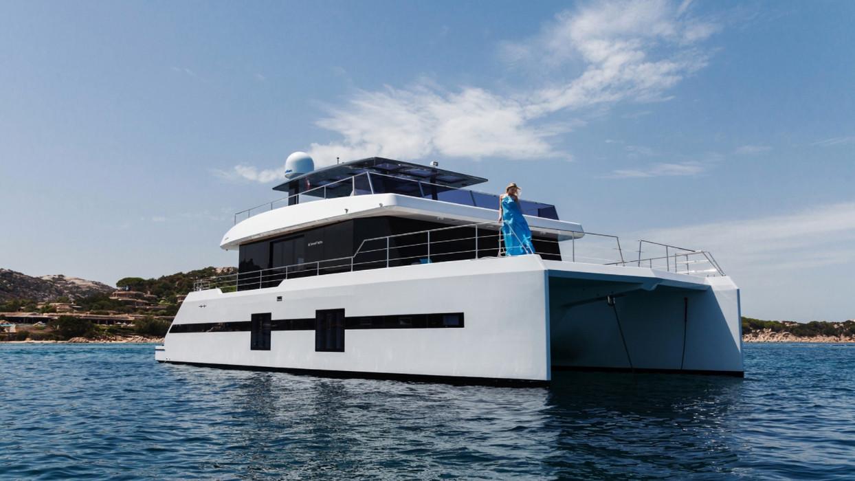 KUKLA Yacht for Charter