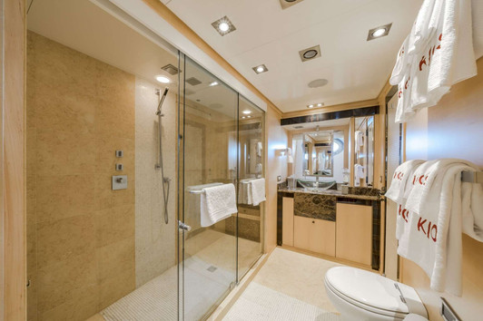 KJOS MASTER BATHROOM