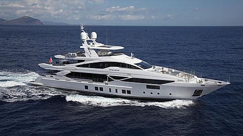 Luxury Yacht Benetti for Charter