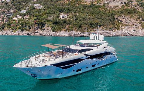 Sunseeker Yacht for Charter Sardinia | WYB