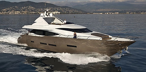 Quantum Yacht for Charter