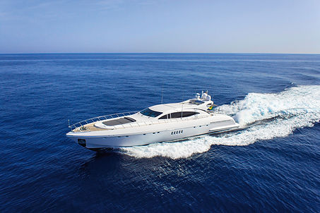 Mangusta Four Friends for Charter and Sale   WYB