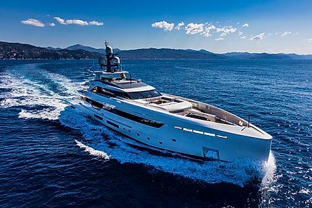 Superyacht Vertige for Charter