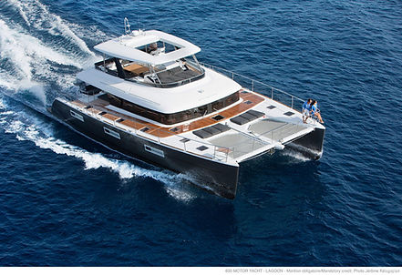 Catamaran Drago for Charter | WYB