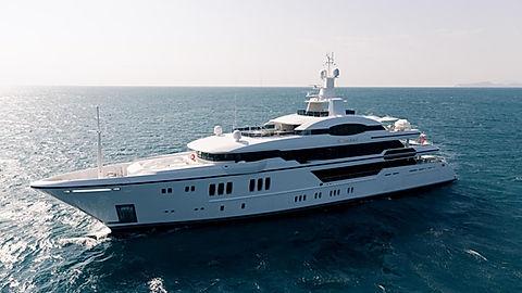 Superyacht Irimari for Charter