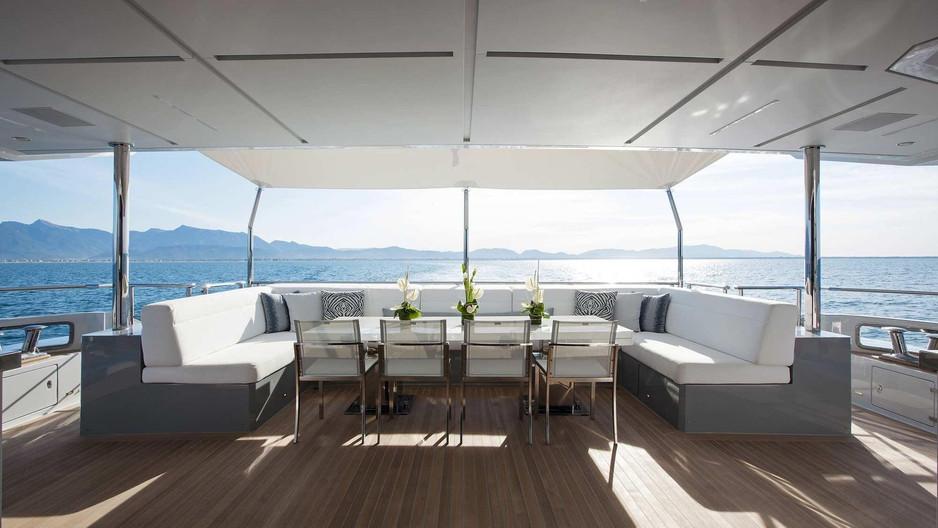 benetti-h-for-charter-exterior05jpg