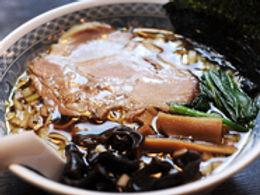 麺や吉風中の写真.jpg