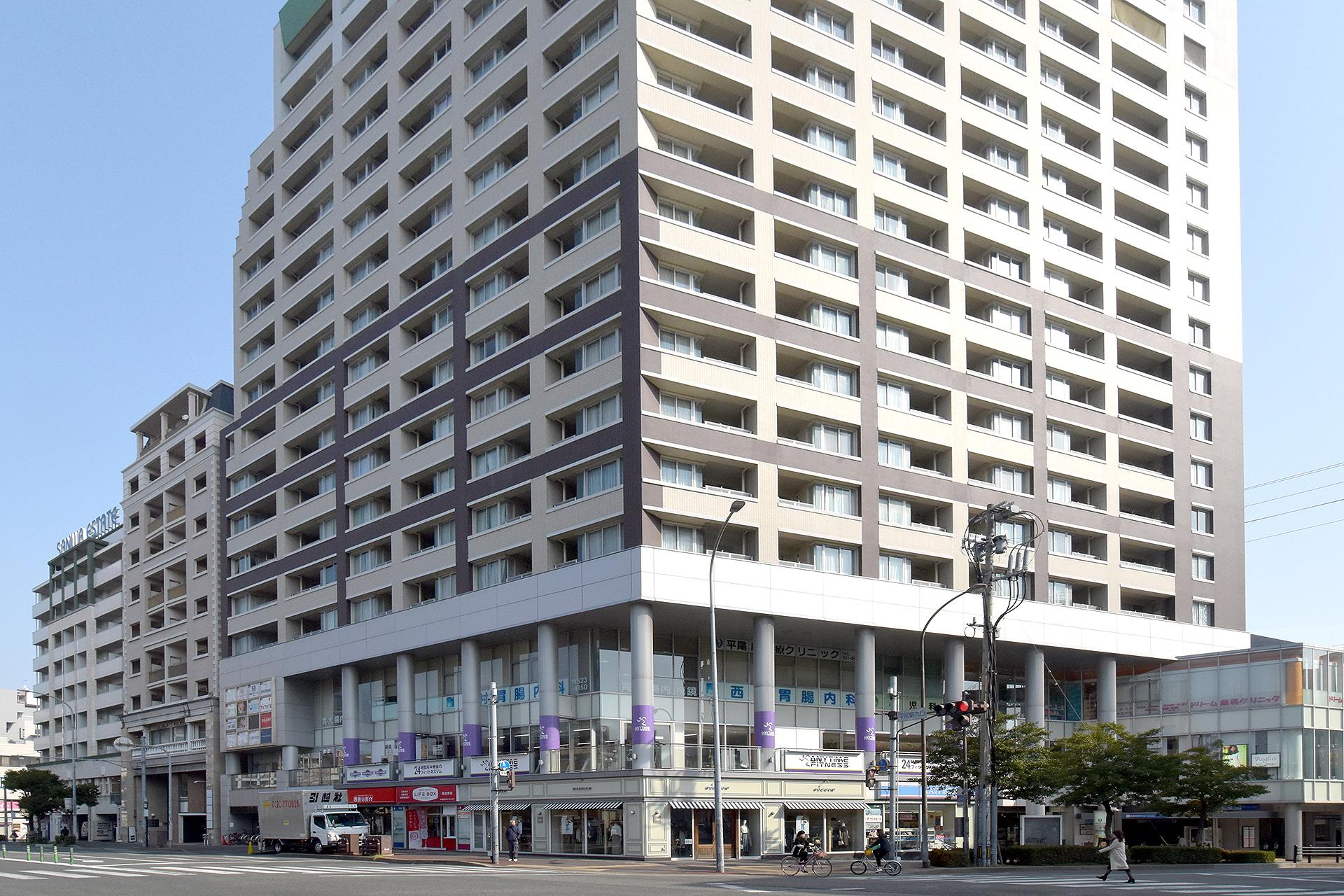 西鉄平尾駅ビルの外観