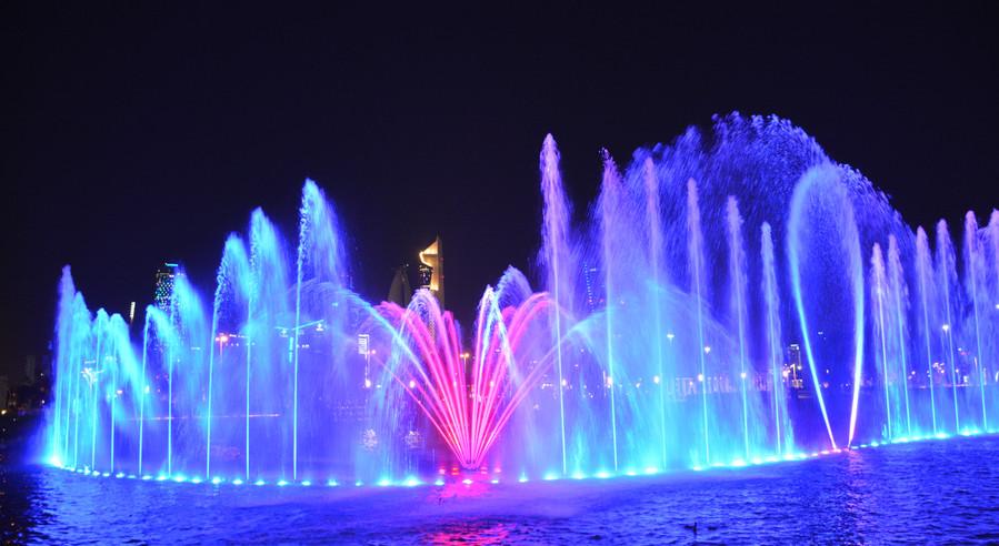 Dancing fountains at Al Shaheed Park