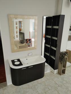 € 1780.00  Art. 390  - bagno in legno di rovere