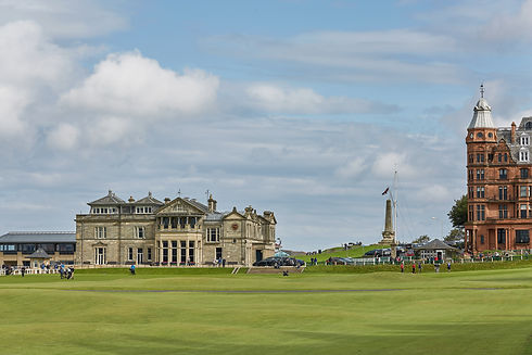 bigstock-St-Andrews-Clubhouse-And-Golf-2