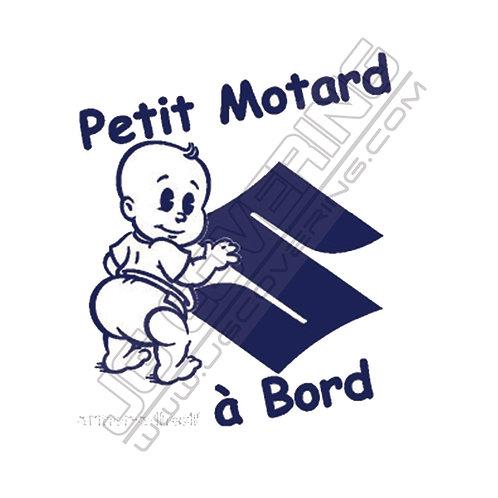 PETIT MOTARD A BORD