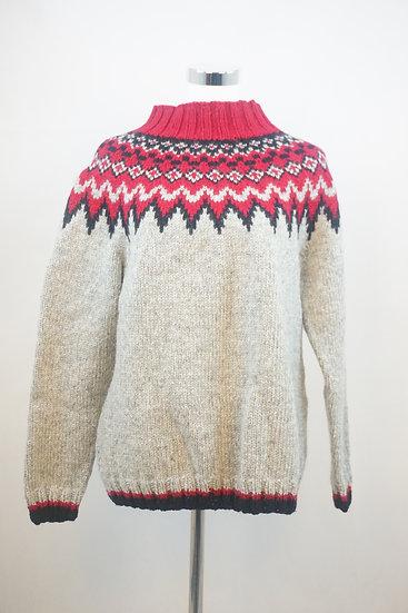 Norweger Style ,Grauer Pullover mit roten Ornamenten