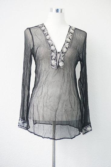 """""""Hot Hippie"""" - Schwarze transparente Bluse mit silbernem Blumen Verzierung"""