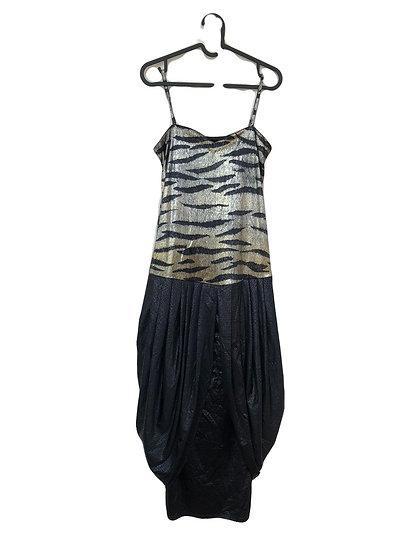 Schwarzes Kleid mit goldenen Tigerdruck und Träger