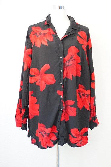 """""""Flower Power"""" - Schwarze Bluse mit roter Gerbera"""